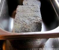 Zatížení sýřeniny v gastronádobě